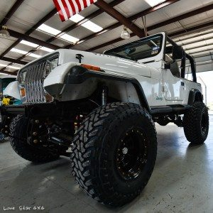 Lifted Jeep YJ Front Tires