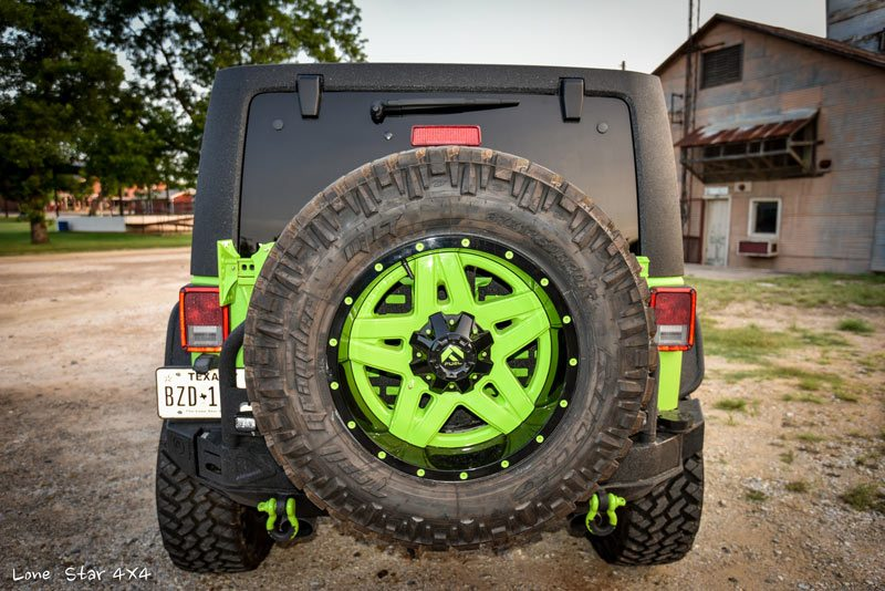 Custom Jeep Wrangler Mounted Spare Tire
