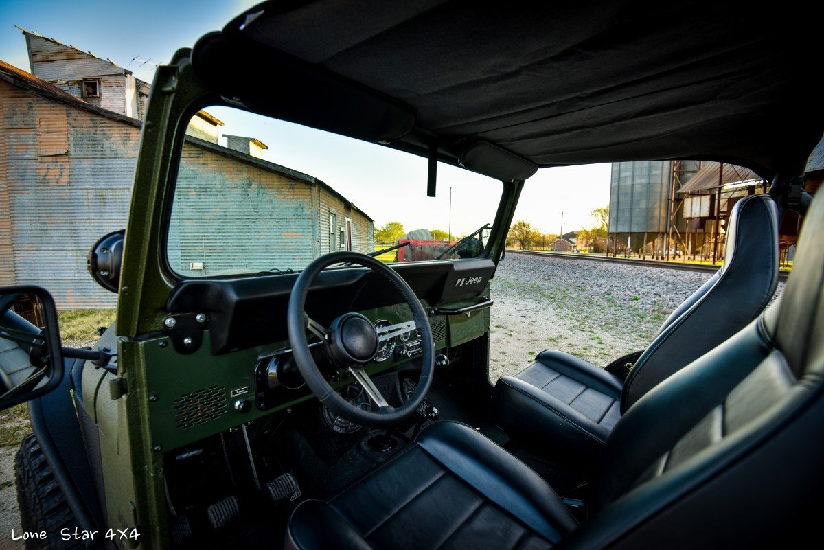 1979 CJ5 Interior Front Seat and Steering