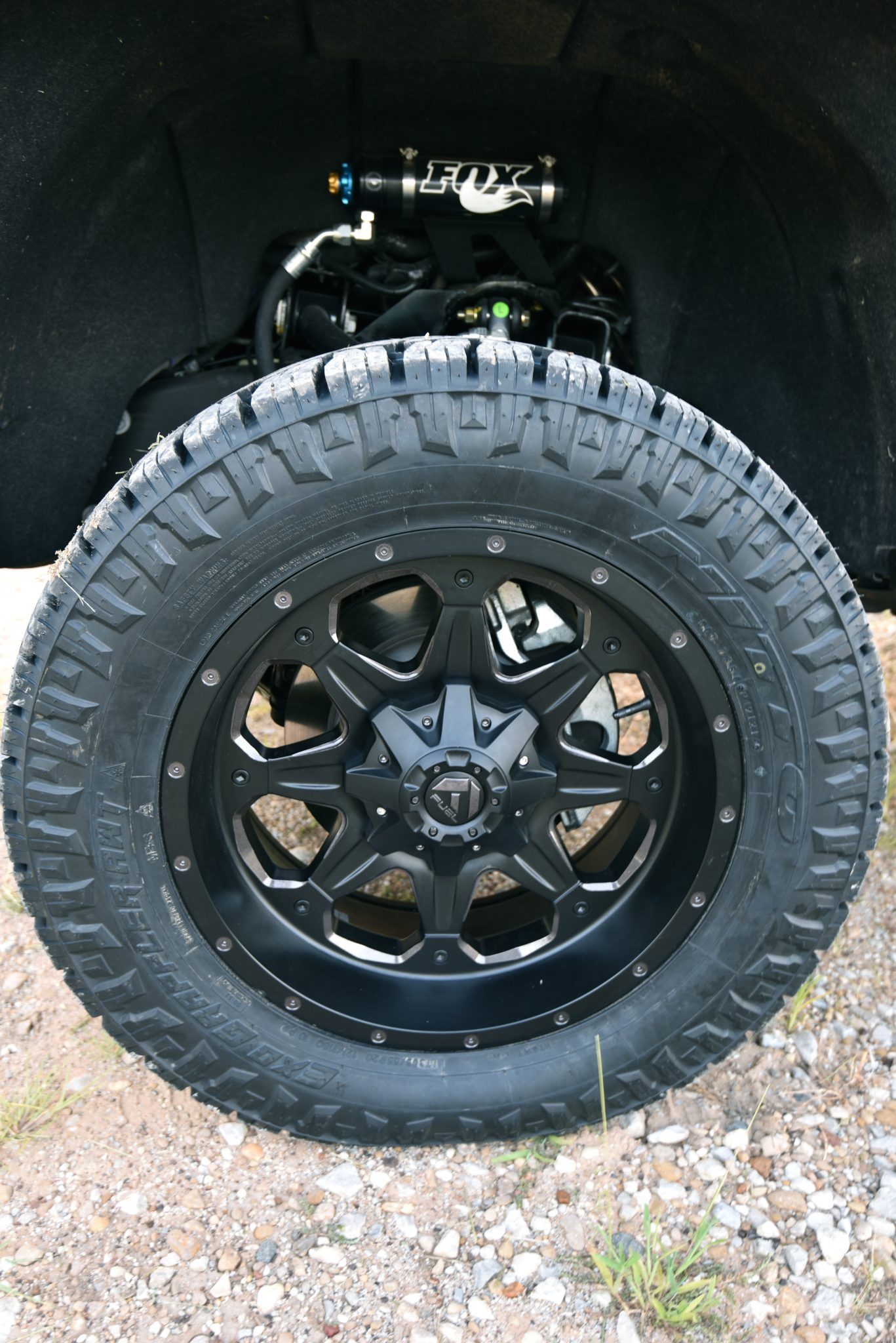 2016 GMC Denali 2500 Nitto Grappler Tire