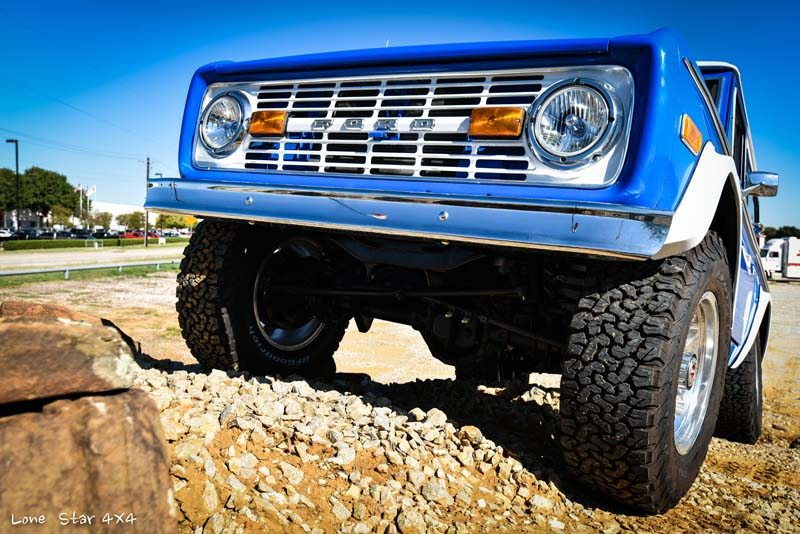 1977 Ford Bronco Front View on Incline