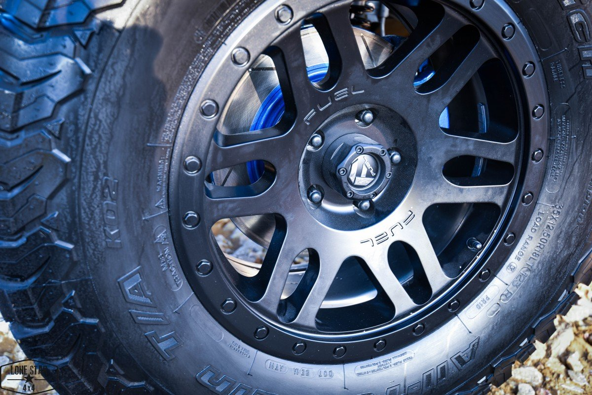 Silver Custom Jeep Wrangler Wheel and Tire Close Up
